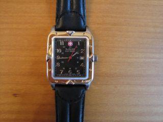 Wenger Uhr S.  A.  K.  Design Bild