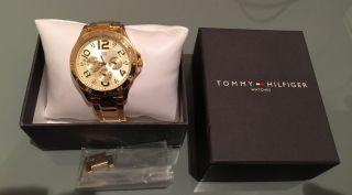 Tommy Hilfiger Uhr Gold Bild