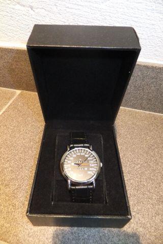 Mercedes Armbanduhr W124 E500 500e Uhr