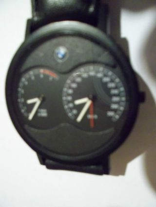 Bmw Herrenarmbanduhr 850 I,  2 Uhrwerke Drehzahlmesser,  Tachometer 300 Km/h Bild