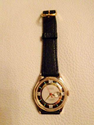 Klassische Armbanduhr Im Zeittypischen Design Der 60er Jahre - Sammlerstück Bild