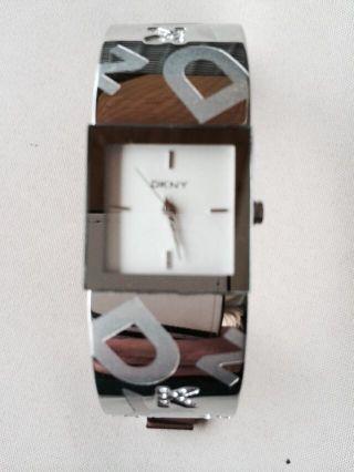 Dkny Uhr Mit Zirkonia,  Selten Getragen Bild