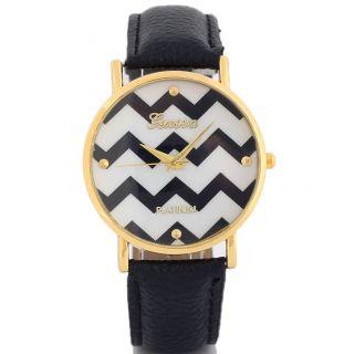 Frauen Männer Faux - Lederband Runden Zifferblatt Quarz - Armbanduhr Fashion Bild