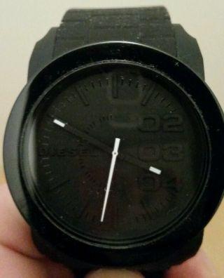 Diesel Uhr Schwarz Bild
