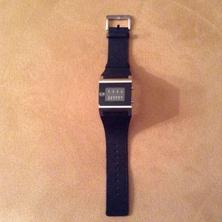 Binary The One Armband Uhr Bild