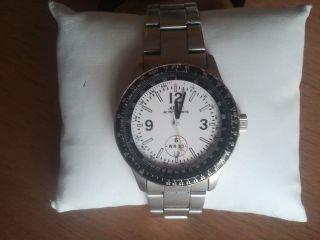 Armbanduhr Von Adec Bild