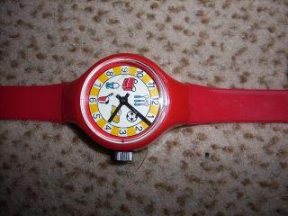 Uhr Armbanduhr Für Kinder Rot,  Plastik,  Mechanisch,  Wenig Benutzt Bild