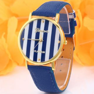 Klassische Frauen Genf Dark Blue Striped Kunstleder Analog Quarz Armbanduhren Bild