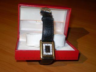Cartier Tank Armbanduhr Bild
