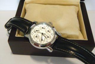 Pierrini Zeitzonen Uhr Edelstahl Armbanduhr Automatik Uhr Glasboden Lederband Bild