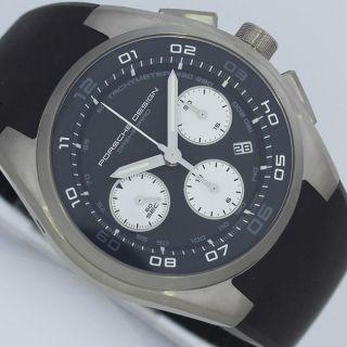 Porsche Design Dashboard Chronograph Titan Uhr P6620 Bild