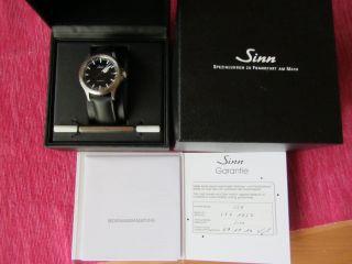 Armbanduhr Von Sinn Modell 556 Bild