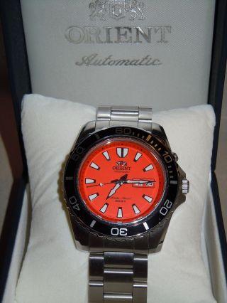 Orient Automatic Professional Diver 200m Orange Mako Xl Cem75001m Bild