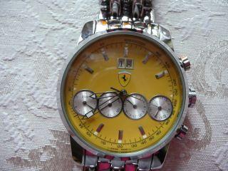 Ferrari Uhr,  Gelb Bild