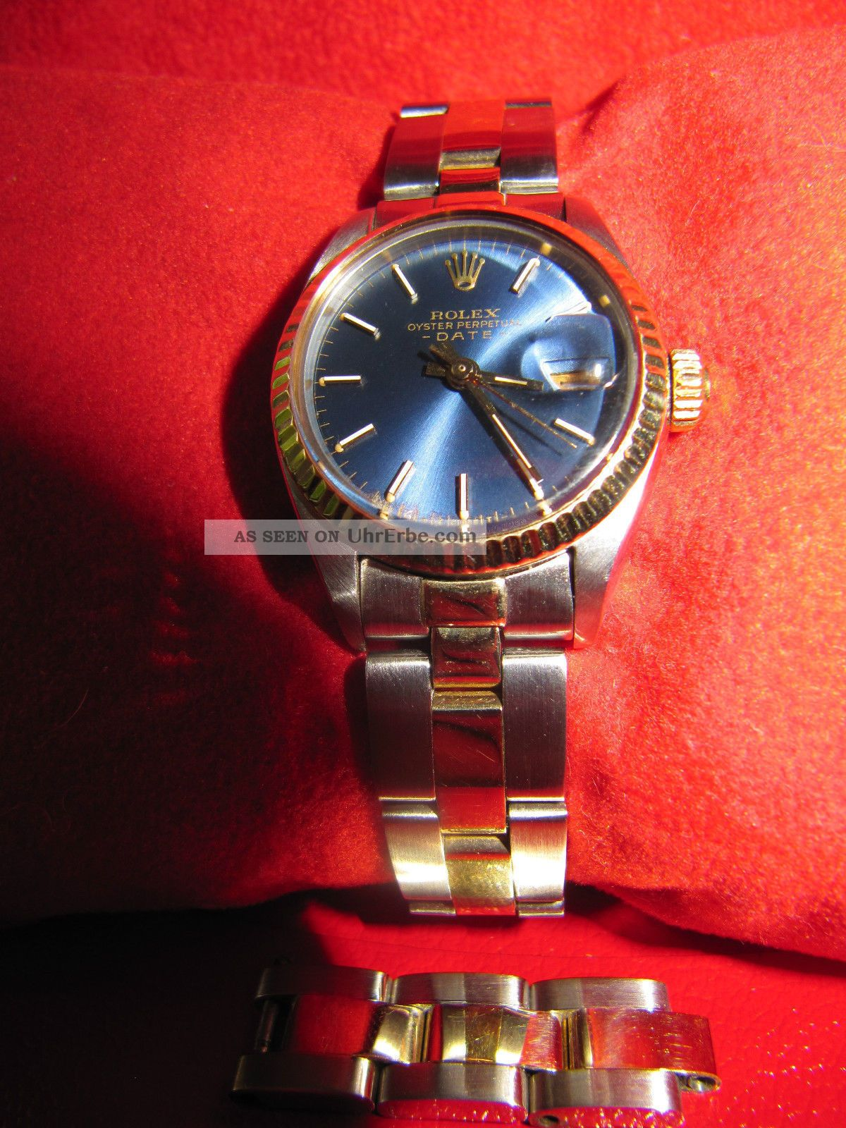 rolex oyster perpetual date stahl gold blaues. Black Bedroom Furniture Sets. Home Design Ideas