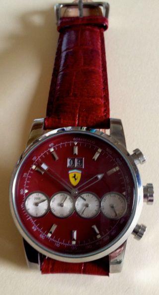 Ferrari Armbanduhr,  Rotes Lederarmband,  Sammlungsauflösung Bild