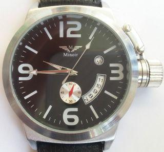 Minoir Uhren - Modell