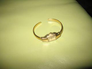 Ruhla Damenuhr Armbanduhr Klemmuhr Goldfarben Alt /antik Bild