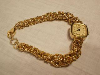 Goldfarbene Damenuhr Majestic Königskette Mechanisch Handaufzug Dau Bild
