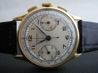 Universal Geneve 750 Gold Chronograph - Manufakturkaliber: 285 Mit Schaltrad Bild