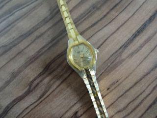 Schnäppchen Tolle Armbanduhr Deutsches Design Bild