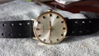 Zentra Armbanduhr Für Herren Mechanisch Handaufzug 60 - 70 Jahre Einfach Ablesbar Bild