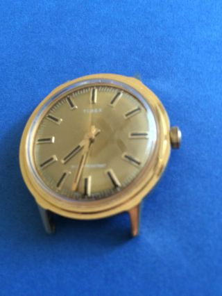 Vintage Elegante Timex Herrenarmbanduhr Handaufzug,  Vergoldet,  Wasserdicht Bild