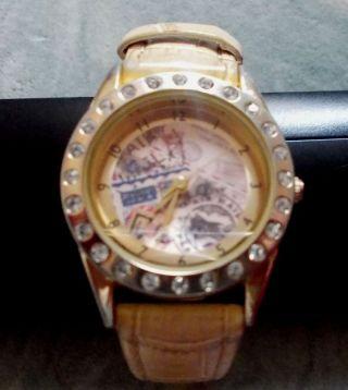 Leder Armbanduhr Mit Strass Avon Sehr Modern Bild