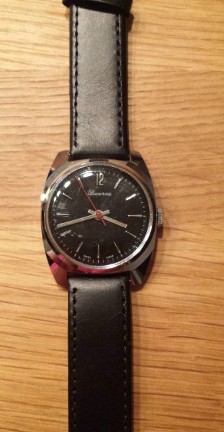 Luzerne Armbanduhr Handaufzug Schwarzes Lederband Bild