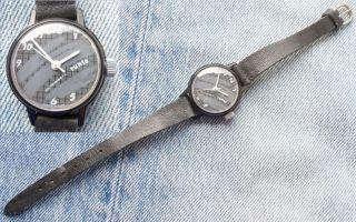 Ruhla Armbanduhr Damen Damenuhr Uhr Umf 24 Bild