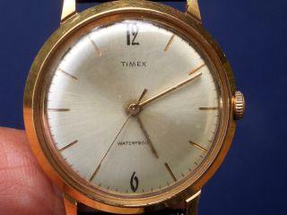 Seltene Timex Mechanische Herrenarmbanduhr Gut Erhalten Läuft Gut. Bild