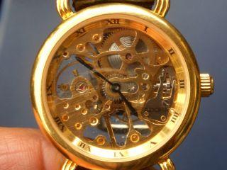 Seltene Adora Mechanische Skelett Armbanduhr Gut Erhalten Läuft Gut. Bild