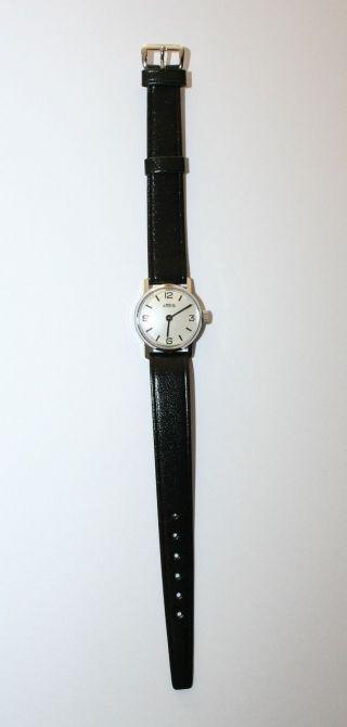 Emes Armbanduhr Handaufzug Für Damen Farbe Silber Bild