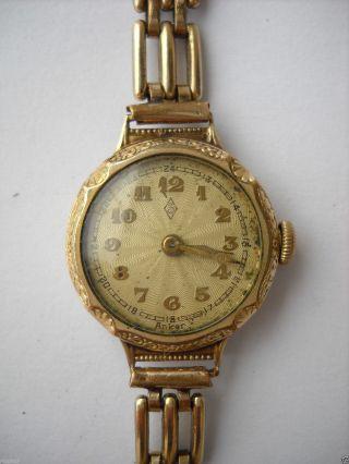 Zentra,  Damen,  Armbanduhr,  Handaufzug,  Vergoldet,  Zifferblatt Guillochiert,  30er Jahre Bild