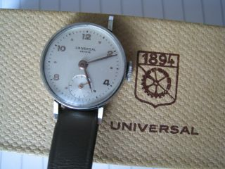 Universal Geneve Handaufzug Bild