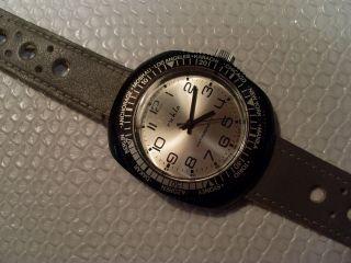 Ruhla Armbanduhr,  Handaufzug,  Weltzeitanzeige Bild