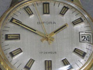 Bifora Herren - Armbanduhr 17 Jewels Kal.  B130 Datum Vergoldet Mech. Bild