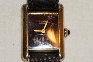 Cartier Damenuhr - Handaufzug - 925er Silber,  Vergoldet,  Cartier Lederarmband Bild