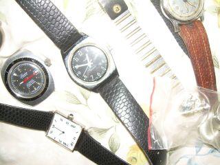 Kleine Sammlung Alter Herrenarmbanduhren Und Werke Bild