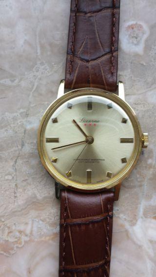 Armbanduhr Handaufzug Luzerne Bild