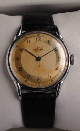 Vintage Armbanduhr Enicar – Handaufzug – Mit Gewölbtem Zifferblatt Bild