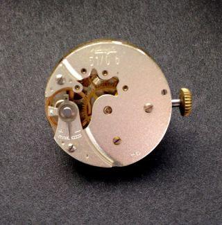 Mechanische Armbanduhr Kienzle,  In Gold,  Werk: Kienzle 5,  Handaufzug Bild