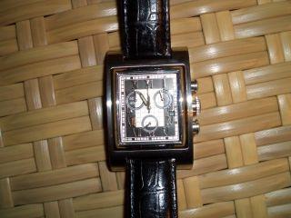 Mercedes Benz Uhr Bild