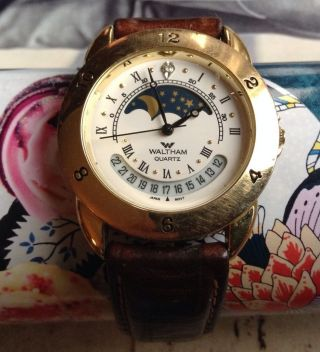 Vintage Waltham Quarz Armband Uhr Look Bild