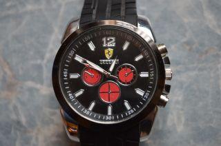 Ferrari Uhr.  Armbanduhr Xxxl. Bild