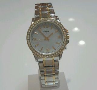Timex T2m828 Damenuhr Style Mit Indiglo Zifferblattbeleuchtung Bild