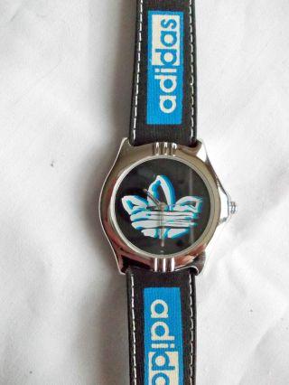 Adidas Armbanduhr Retro Sport Bild
