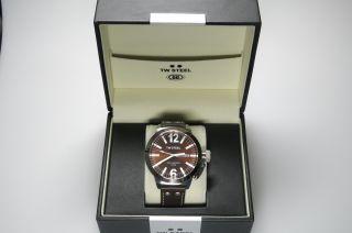 Tw Steel Uhr Herren Braun Leder Twce1010 Np319€ Anschauen Weinachten Bild