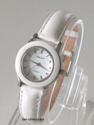 Dkny Damenuhr / Damen Uhr Leder Ceramic Keramik Weiß Silber Ny8638 Bild