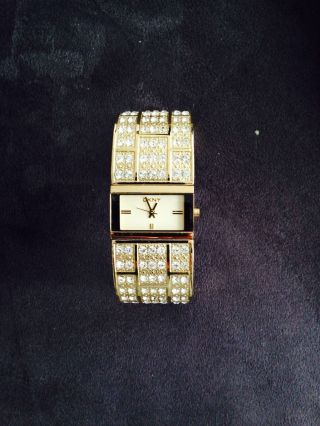 Dkny Ny3714 Damenuhr Strass Gold Bild